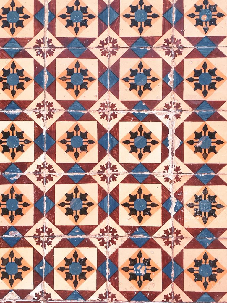 centre ville lisbonne blog azulejo jaune losange