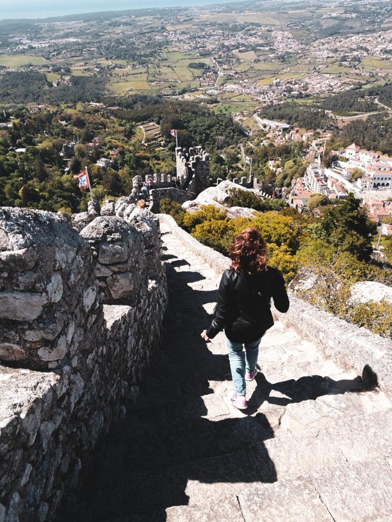 Descente marches Castelo dos mouros sintra lisbonne