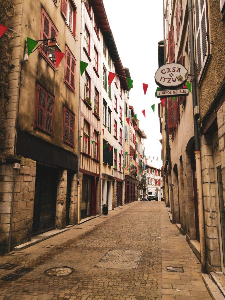 weekend pays basque