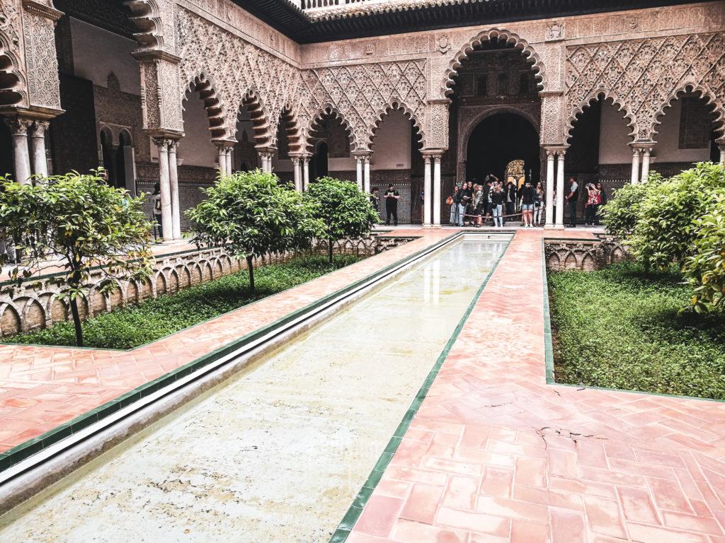 Seville palais alcazar patio