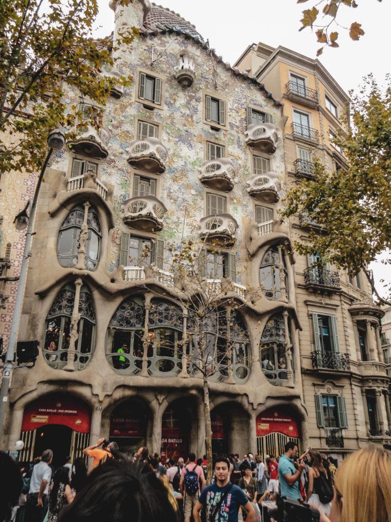 Oeuvre gaudi à Barcelone casa battlo