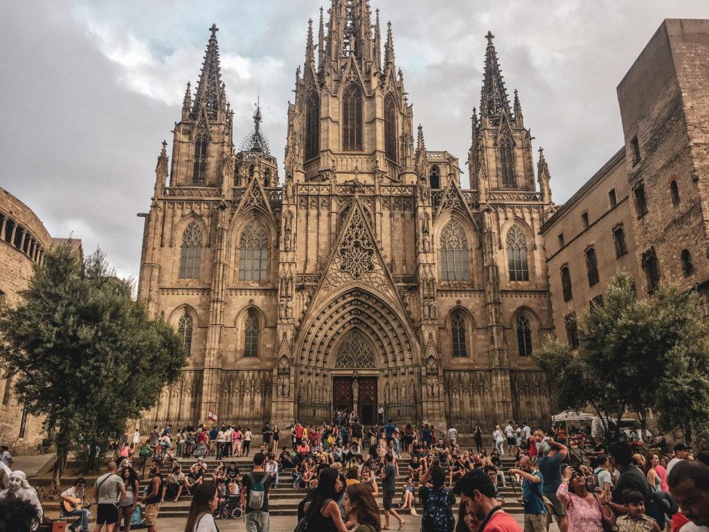 Barcelone quartier gothique coup de coeur -cathedrale sainte croix de barcelone