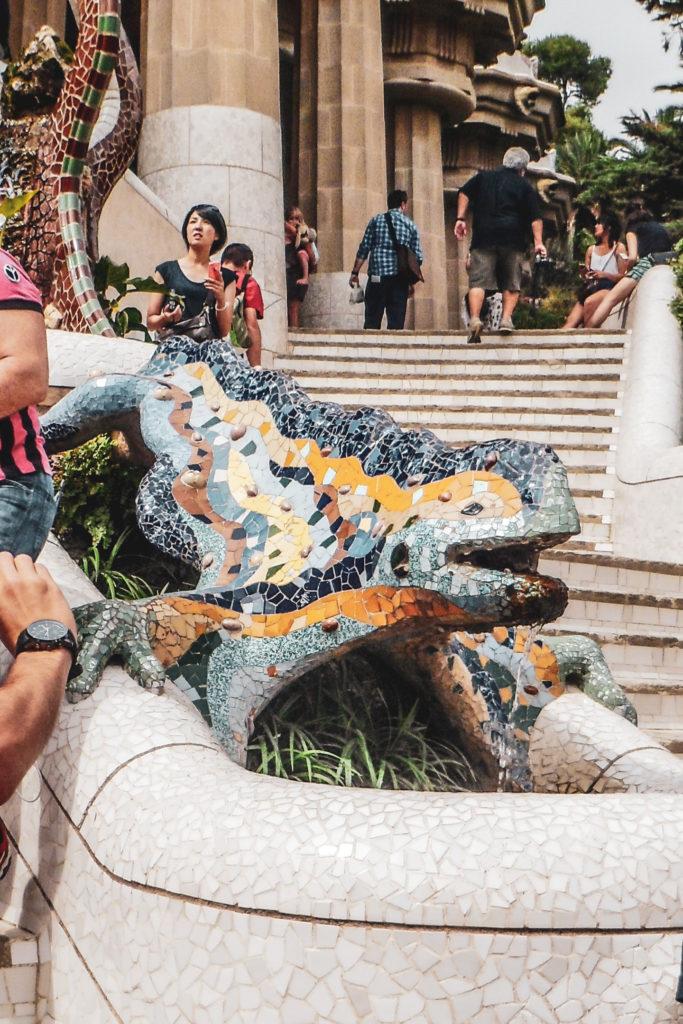 Barcelone parc guell-salamandre